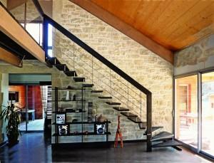 Дизайн лестниц на больцах